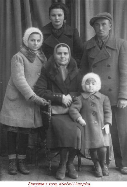Stanisław z żoną dziećmi i kuzynką